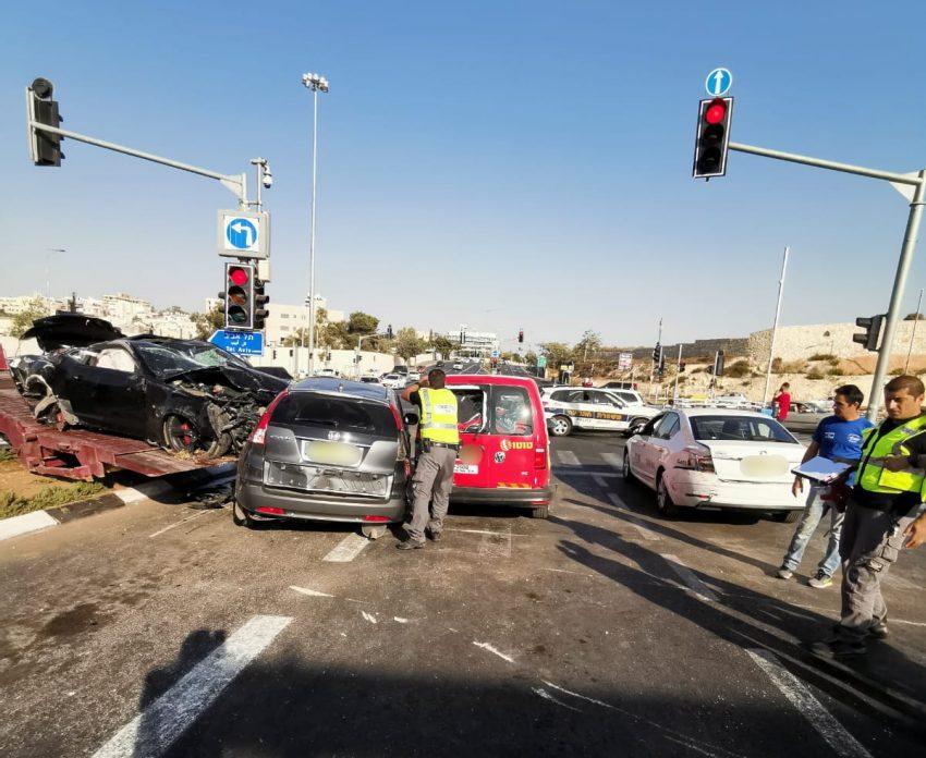 זירת התאונה הטראגית בצומת הרוזמרין בחג ראש השנה (צילום: דוברות המשטרה)