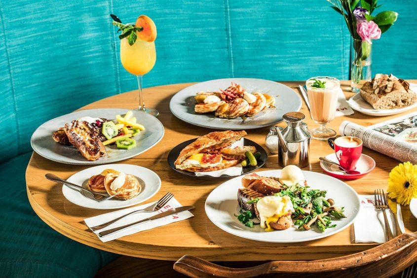 מגוון מנות במסעדת מנזה (צילומים: אפיק גבאי)