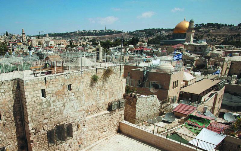 מתיחות בעיר העתיקה – דיירים ברובע היהודי מתנגדים לפתיחה מחודשת של מסגד
