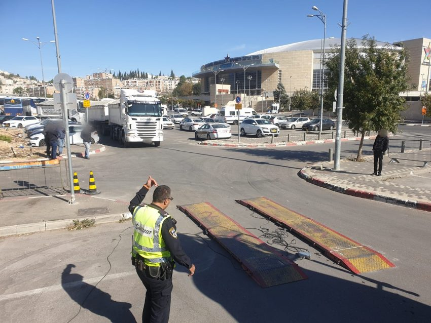 מבצע האכיפה המשטרתי נגד רכבים כבדים (צילום: דוברות המשטרה)