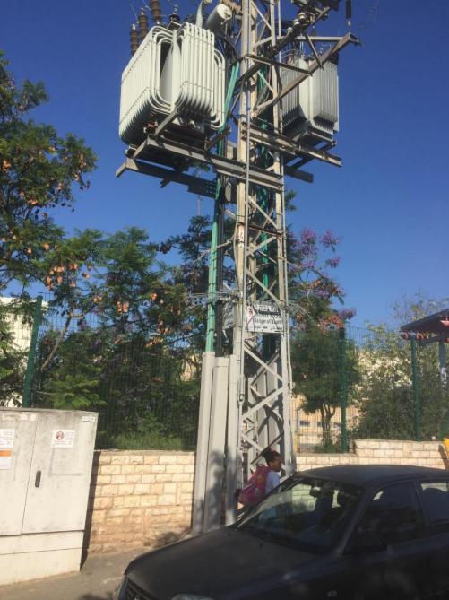 עמוד החשמל - סמוך לגבעת גונן (צילום: פרטי)