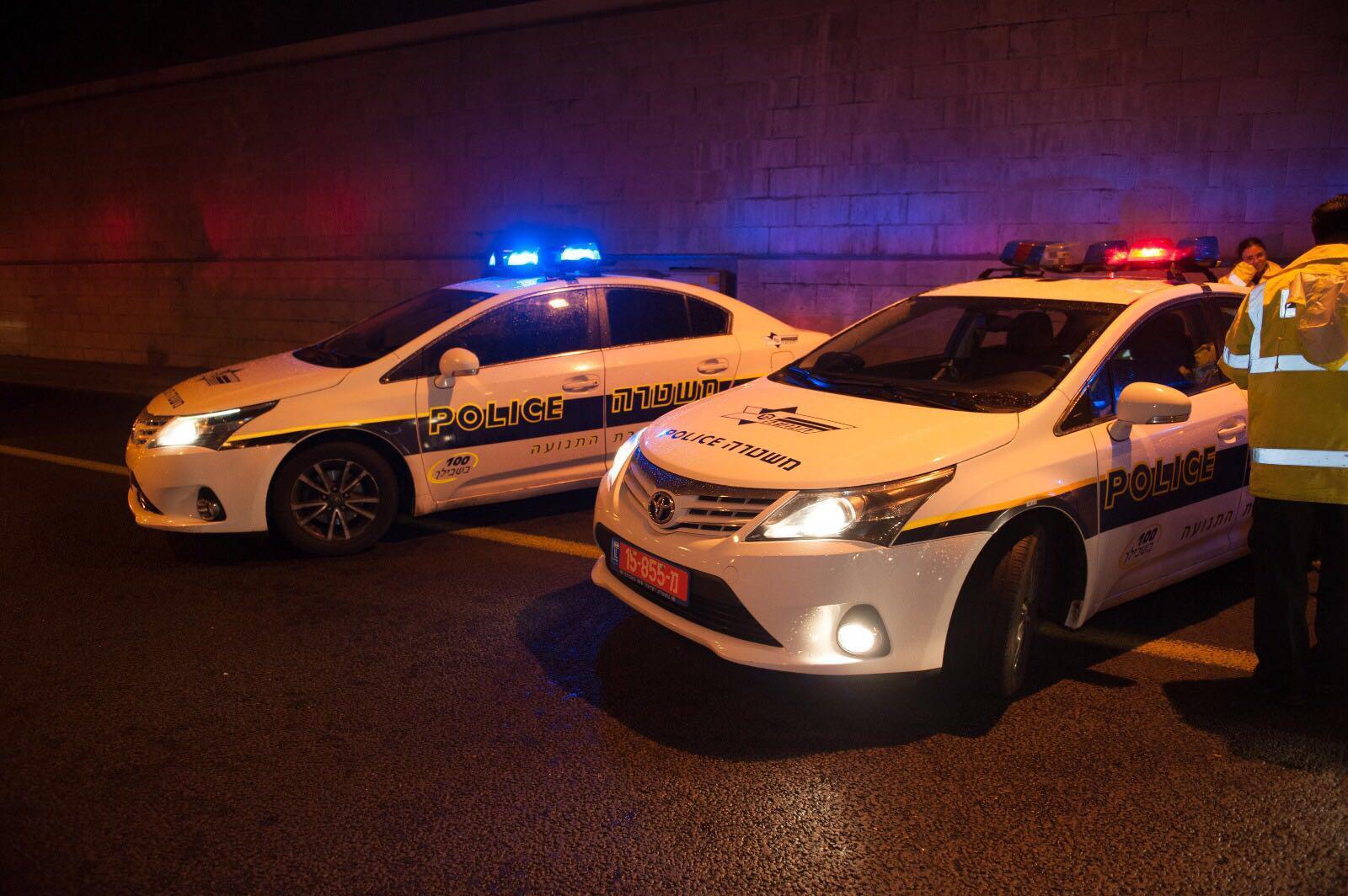 ניידת משטרה -היערכות לקראת חגיגות הסילבסטר והנובי גוד בירושלים (צילום: דוברות המשטרה)