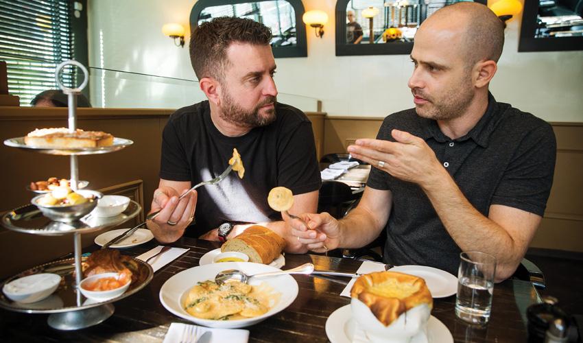 עמית אהרנסון ויהונתן כהן, מסעדת זוני (צילום: אורן בן-חקון)
