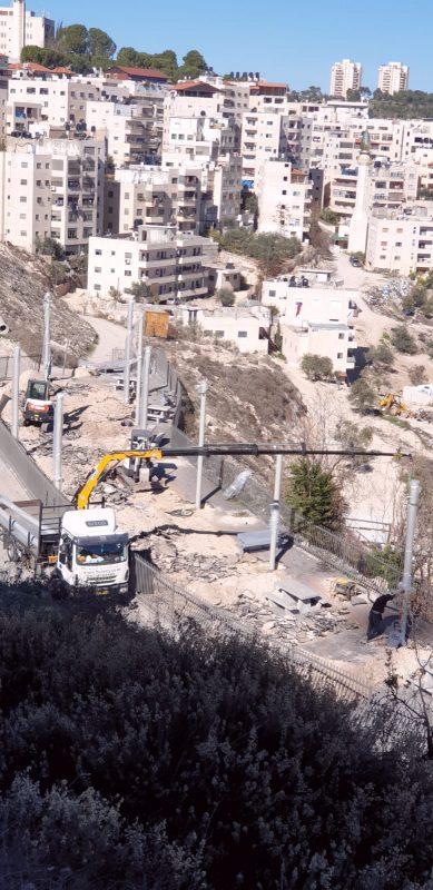 העבודות להקמת הגן בעיסאוויה (צילום: עיריית ירושלים)