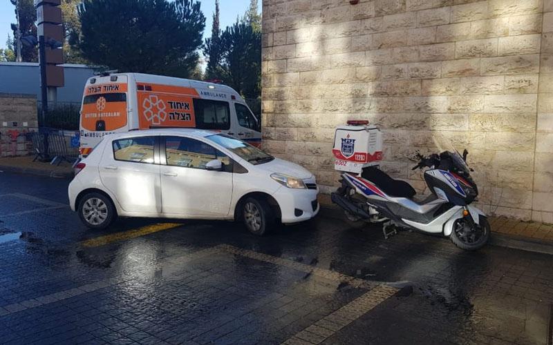 הכניסה למרפאת טרם בארמון הנציב - צילום איחוד הצלה ירושלים