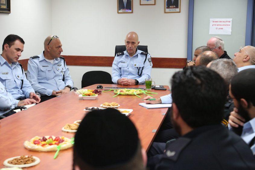 חניכת המרכז המשטרתי הראשון לציבור החרדי בירושלים - שפועל במרכז כלל (צילום: דוברות המשטרה)