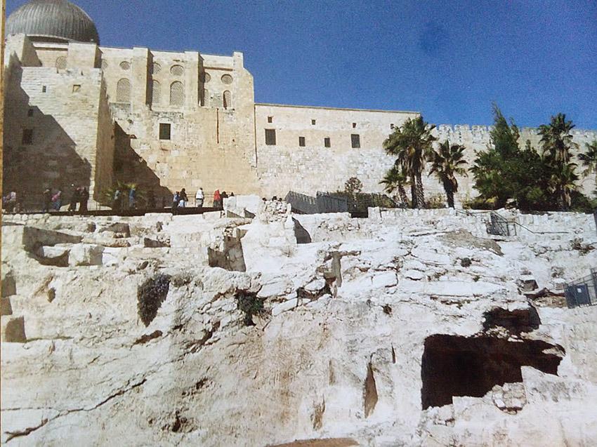 """מסלול המקוואות בגן הארכיאולוגי (צילום: ד""""ר אדם אקרמן)"""