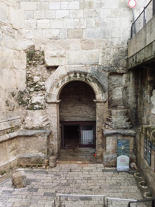 """השער הרומי הכניסה (צילום: ד""""ר אדם אקרמן)"""