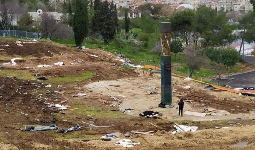 אתר האנדרטה לזכר הרוגי המצור על לנינגרד בגן סאקר (צילום: יאנה בריסקמן)