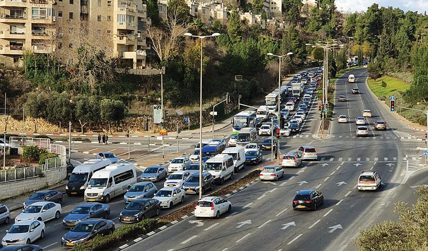כביש המוביל לרמות (צילום: ישי שם-טוב y.s.t )
