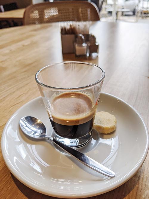 קפה נאדי (צילום: עמית אהרנסון)
