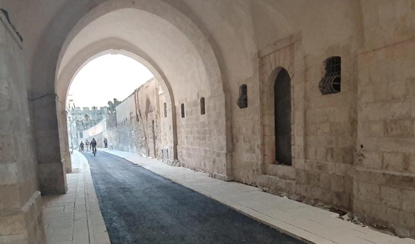 רחוב הפטריארכיה הארמנית, אחרי שעבר שיפוץ (צילום: באדיבות עיריית ירושלים)