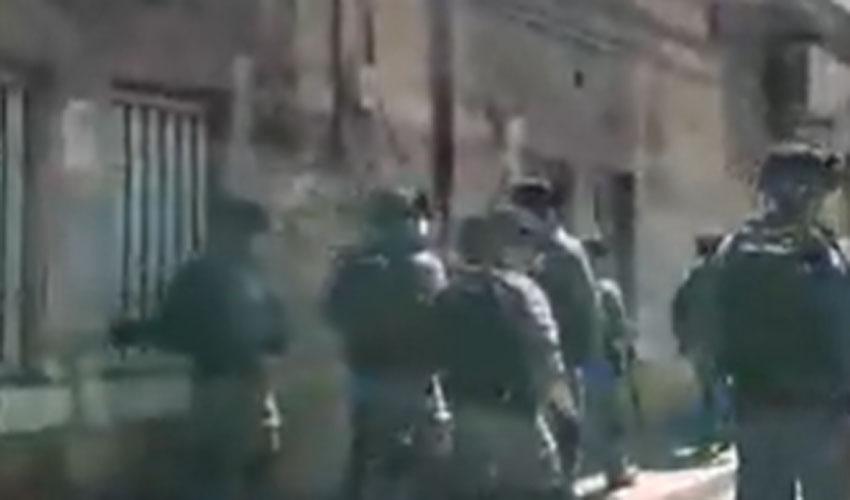האכיפה המשטרתית במאה שערים (צילום: א. כהן מחאות החרדים הקיצוניים)