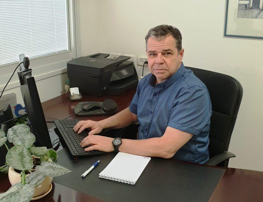 אביגדור שורצשטיין, יועץ ומאמן מוסמך לכלכלת המשפחה (צילום: דניאל שורצשטיין)