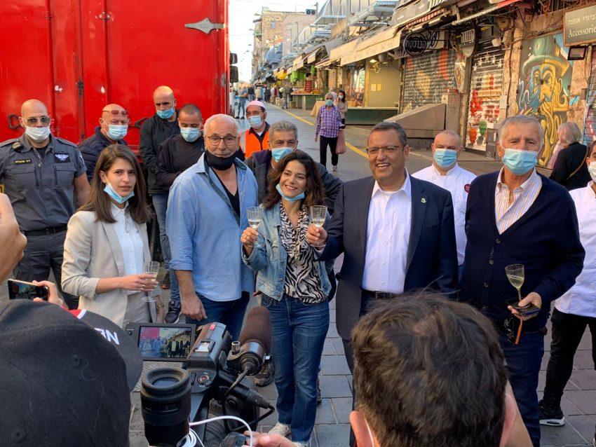 שוק מחנה יהודה, הבוקר (צילום: רון ירקוני יחסי ציבור)