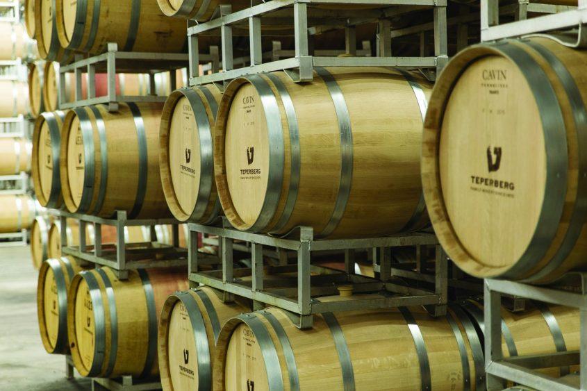 """חביות יין ביקב טפרברג (צילום: ד""""ר אדם אקרמן)"""