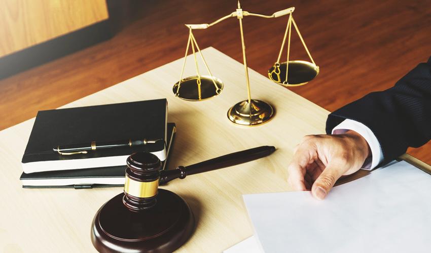 עורכי דין לצוואות בירושלים (צילום: צילום א.ס.א.פ קריאייטיב INGIMAGE)