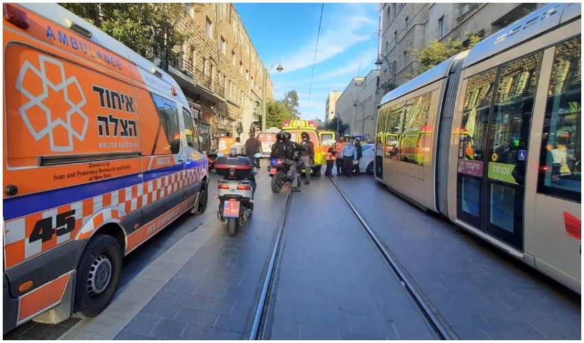 זירת התאונה ברחוב יפו (צילום: איחוד הצלה)