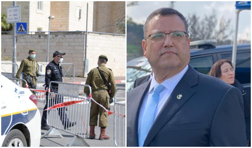 משה ליאון, הסגר על שכונות בירושלים בגל הראשון (צילומים: עיריית ירושלים, דוברות המשטרה)