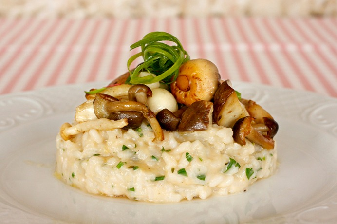 """ריזוטו פטריות של מסעדת """"אדום"""", (צילום: אפרת ריזי ליכטנשטט)"""