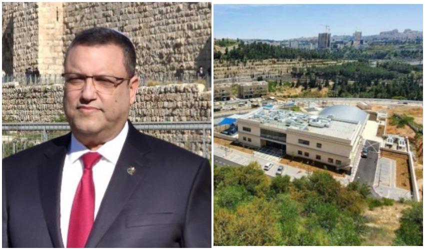 מתחם קאנטרי רמות, ראש העיר משה ליאון (צילומים: מתוך חוברת המכרז של עיריית ירושלים, דוברות עיריית ירושלים)