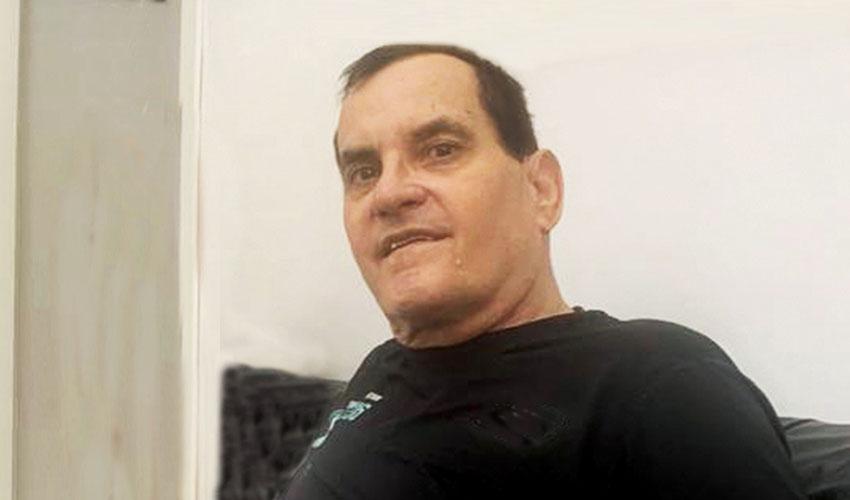 העיתונאי רוני דיאון (צילום: רמי מנדל)