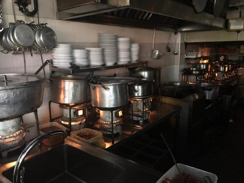 מסעדת עזורה (צילום: מסעדת עזורה)