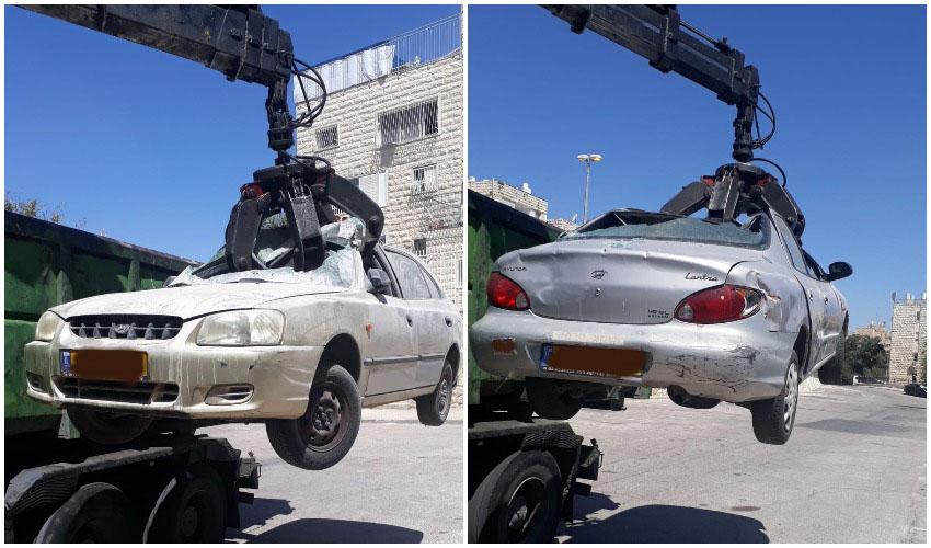 מבצע איסוף גרוטאות רכב בנוה יעקב (צילומים: מג'יד עוודאלה)