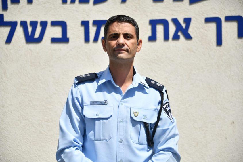 סגן ניצב אלי זיתון, מפקד תחנת עוז (צילום: דוברות המשטרה)