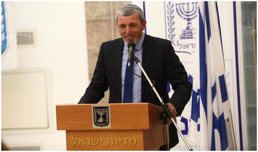 למרות המשבר הפוליטי: השר רפי פרץ חילק 420 מיליון שקלים לפרויקטים בירושלים