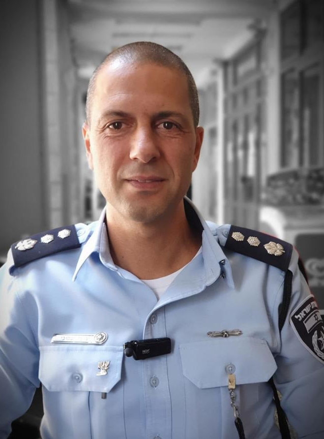 """נצ""""מ קובי יעקובי, מפקד תחנת מוריה (צילום: דוברות המשטרה)"""
