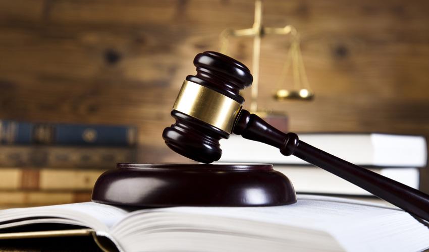 עורך דין אזרחי (צילום: א.ס.א.פ קריאייטיב INGIMAGE)
