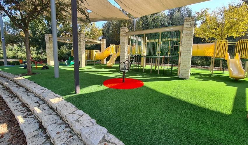 שדרוג גינה ציבורית בפארק יצחק רבין (צילום: דוברות עיריית מודיעין מכבים-רעות)