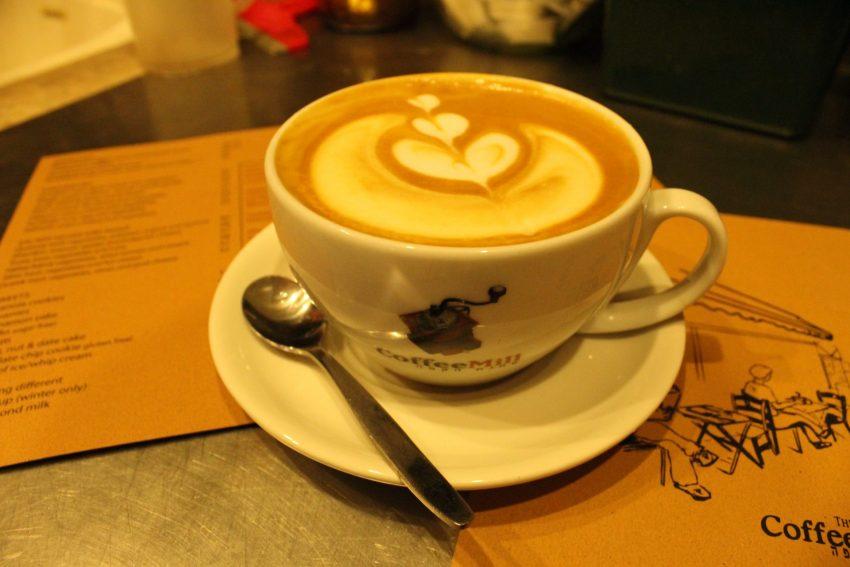 טחנת הקפה (צילום עצמי)