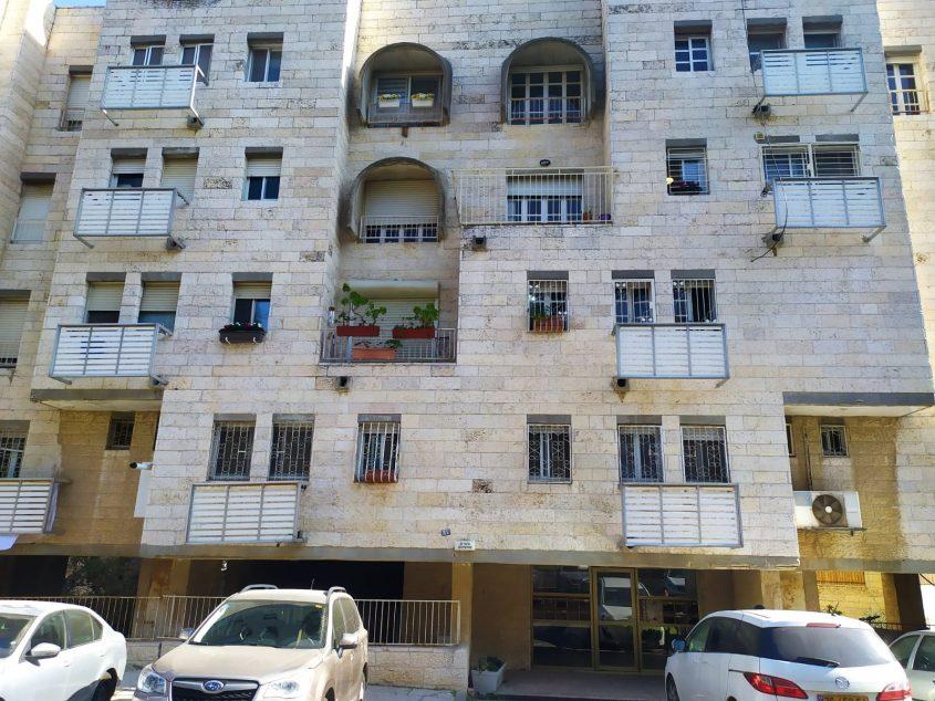 בניין המגורים בו אירע רצח (צילום: פרטי)