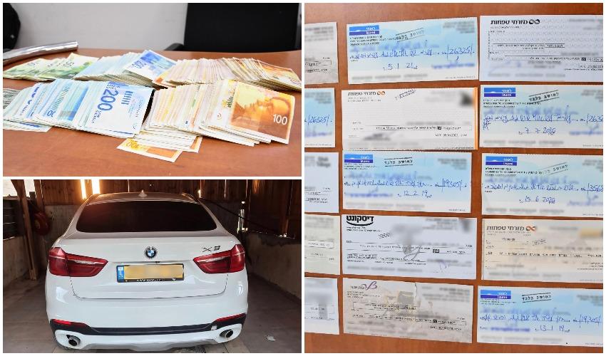 פרשת סחיטת הקבלנים - חלק מהכסף, הצ'קים והרכב שנתפס במהלך המעצרים (צילום: דוברות המשטרה)