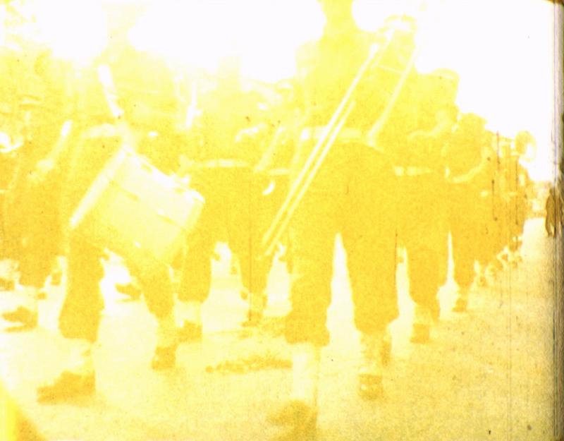 זהר אלעזר, ללא כותרת, מצעד 1961, דימוי מתוך וידיאו, ארכיון פרטי