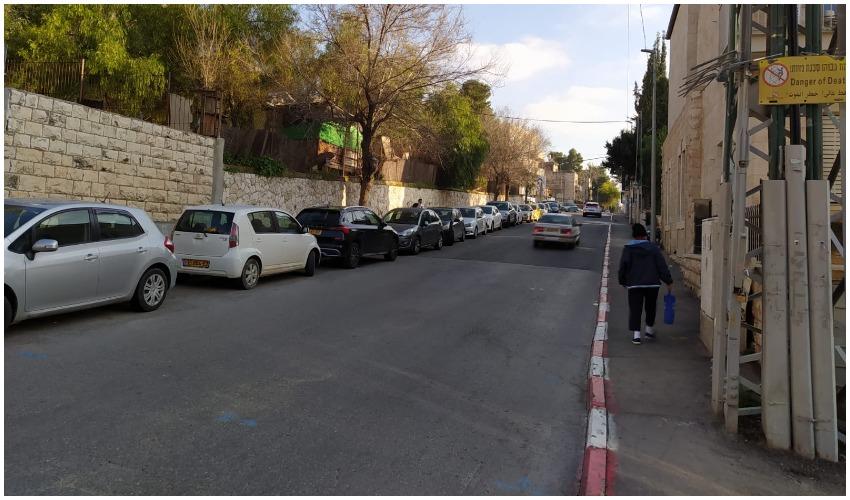 רחוב אוסישקין (צילום: מינהל קהילתי לב העיר)