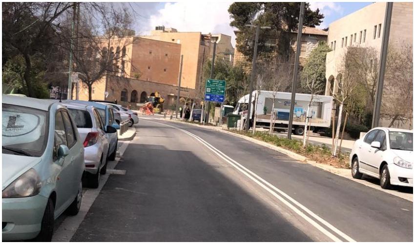 מצוקת החניה ברחוב שופן (צילום: ניבה פון וייזל)