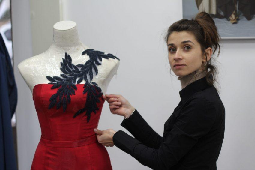 נטליה שרמנט, מעצבת אופנה ואומנית טקסטיל (צילום: מאיר פורט)