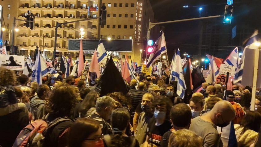 הפגנת בלפור הגדולה ביותר שהיתה מאז תחילת המחאות, 20.3.21 (צילום: יפעת ראובן)