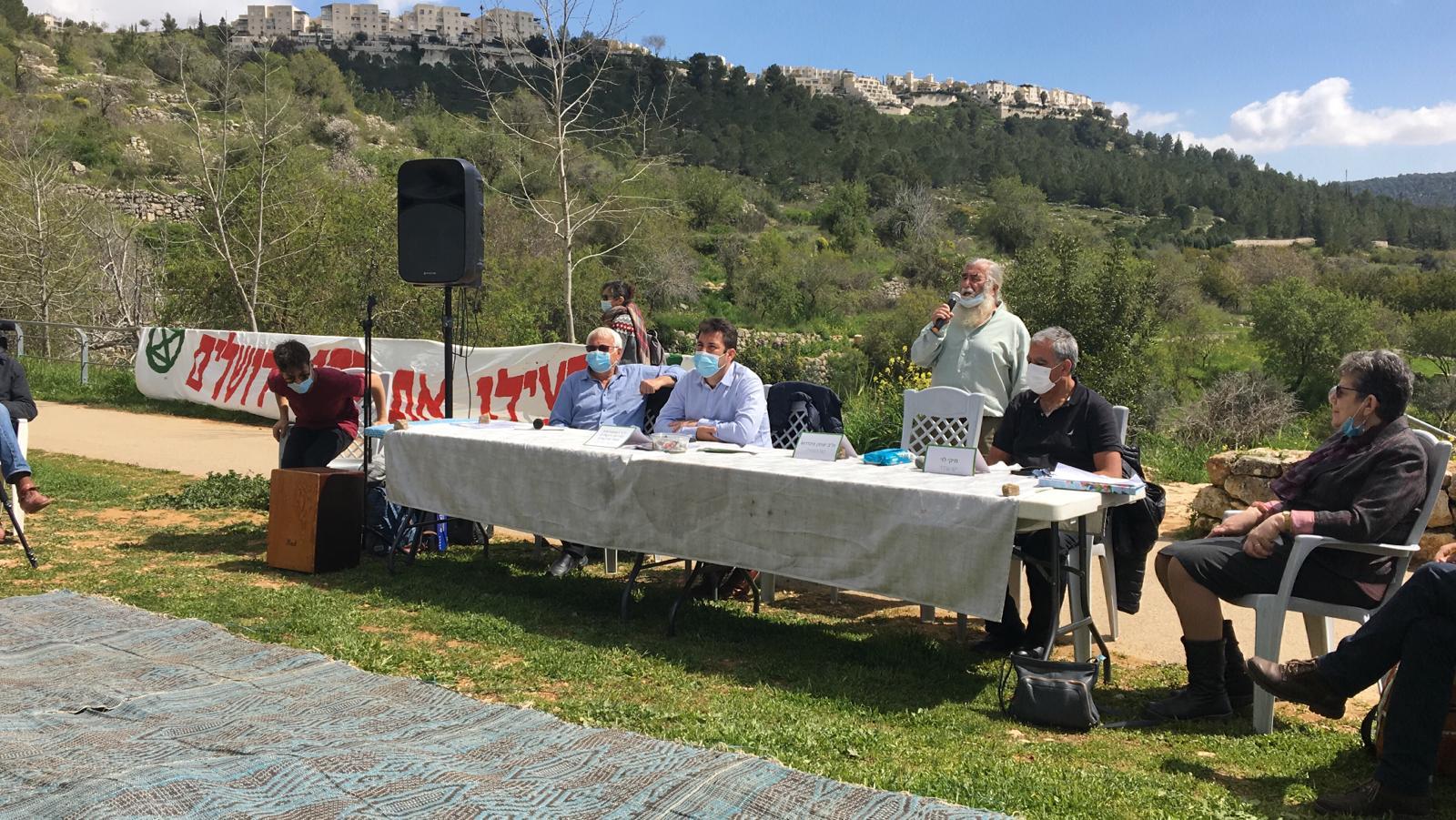 אירוע מחאה נגד תוכניות הבינוי ברכס לבן (צילום: פפה אללו)