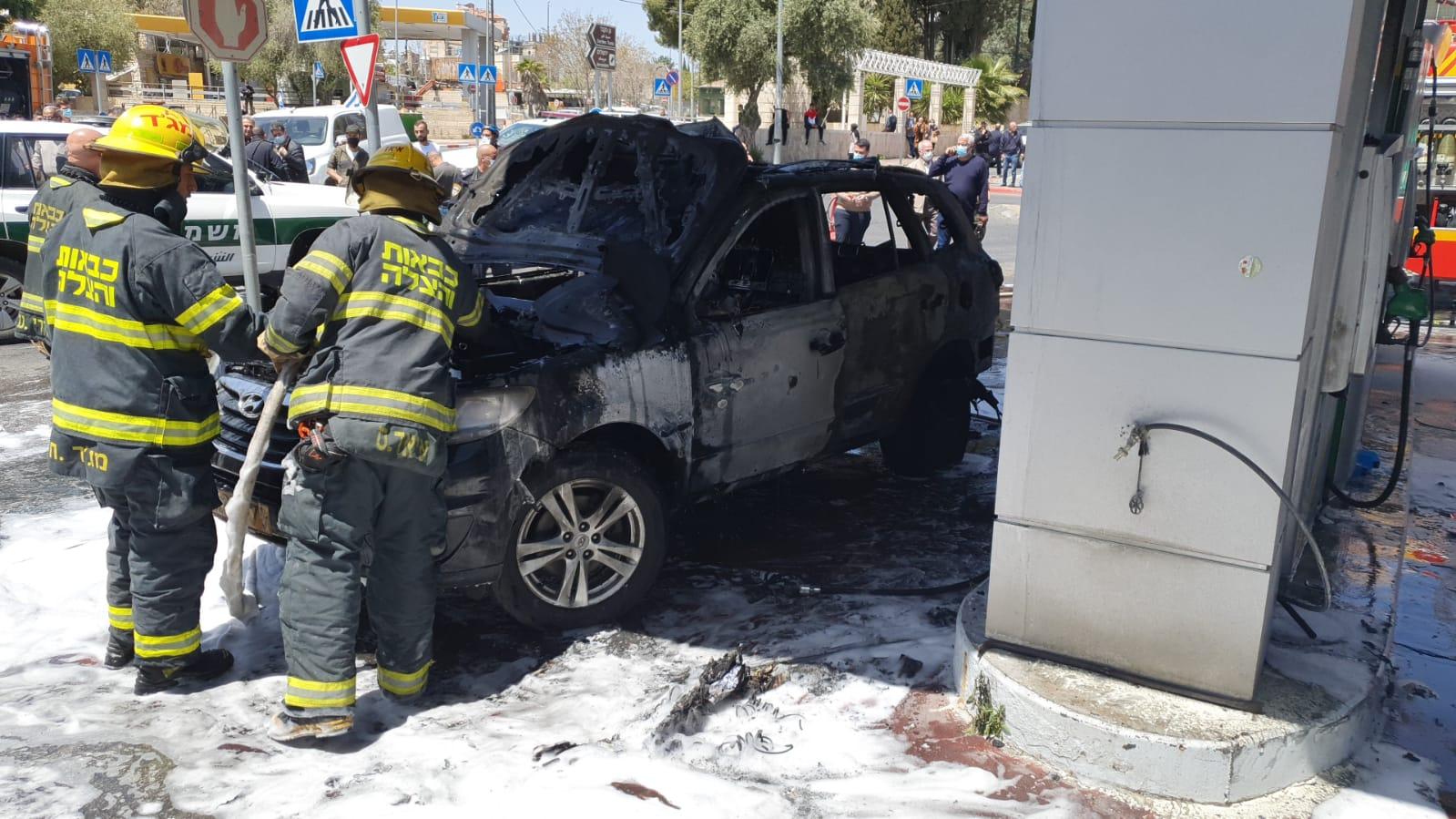 """""""מנענו אסון כבד"""": שריפה פרצה בתחנת דלק במהלך תדלוק רכב; אין נפגעים"""