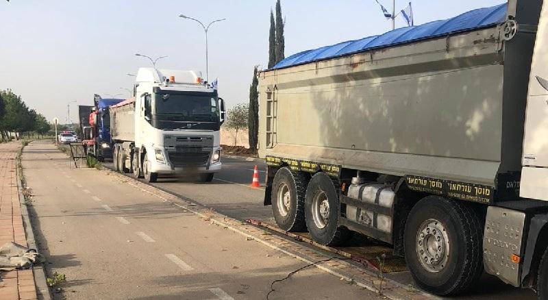 מבצע אכיפה כנגד רכבי משא (צילום: דוברות המשטרה)
