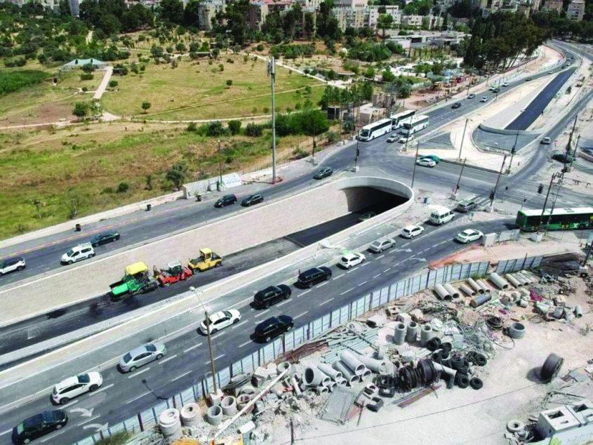 הפרדה מפלסית בצומת פת (צילום: מולי גבאי, באדיבות דף הפייסבוק שבתשתיות)