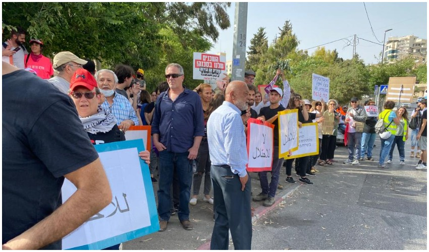 הפגנה בשייח ג'ראח (צילום: פפה אללו)