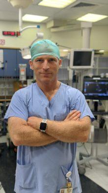 """ד""""ר אלון שוורץ (צילום: דוברות שערי צדק)"""