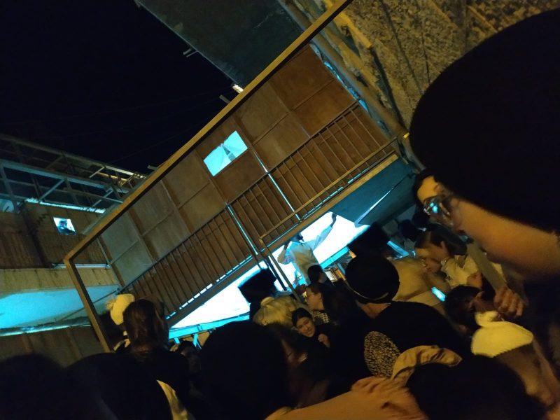 הסוכה שקרסה במאה שערים (צילום: רץ ברשת, מפורסם לפי סעיף 27א' לחוק זכויות היוצרים)