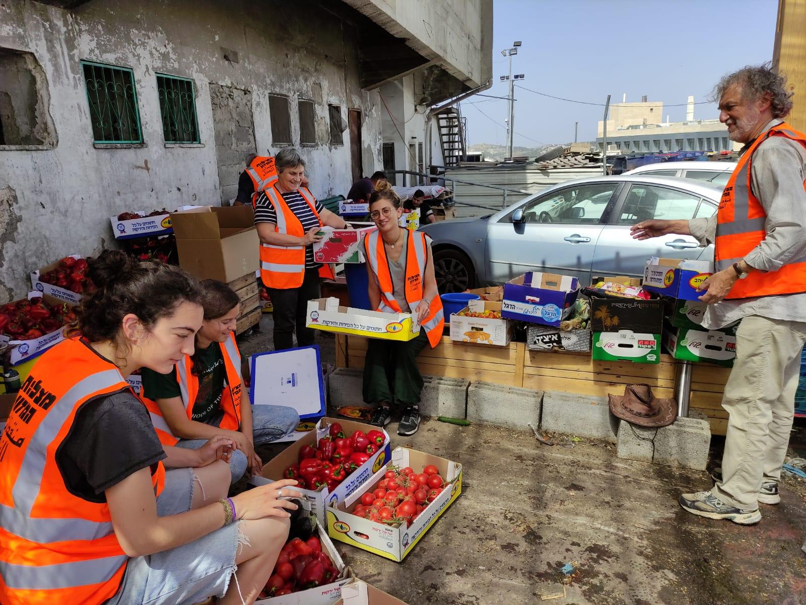(צילום: דוברות עיריית ירושלים, מצילות המזון)